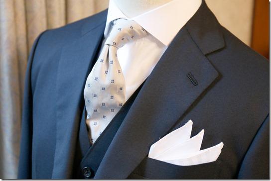 99c9b3064ecec 皆さんは結婚披露宴に招待されたとき、どの様な服装で参加していますか?