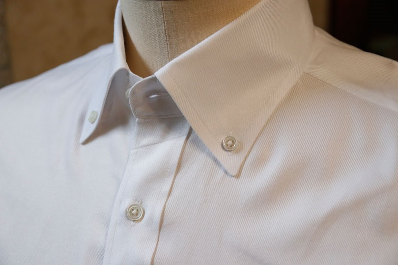 15890e0ec1a8c 結婚式にボタンダウンシャツはあり?