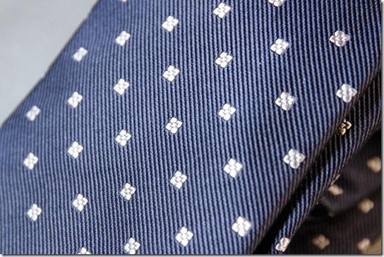 鎌倉シャツのネクタイの生地