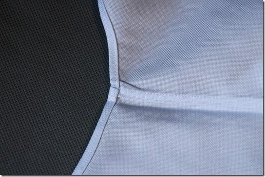 シャツの裾