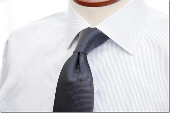 ネクタイとシャツ