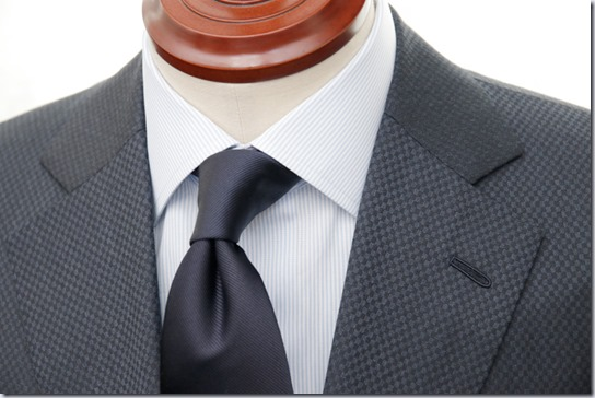スーツとネクタイ