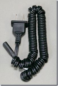 フィリップスPQ220の充電ケーブル