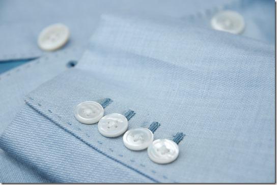 白蝶貝のジャケット袖ボタン